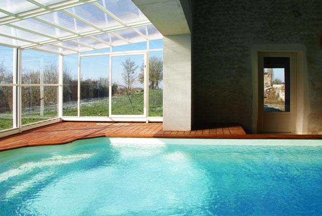 La piscine aux bons enfants gite rural bourgogne for Gite malaucene avec piscine